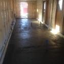I början av mars blev golvet stöpt!